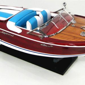 Модели яхт, катеров, шлюпок